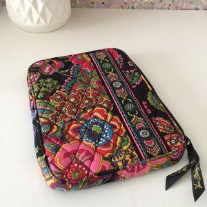 🍍 Vera Bradley Small Tablet Case